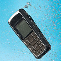 cell-phone-in-water