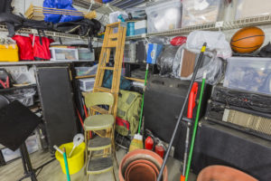 Using Self Storage to Build a Man Cave at Home