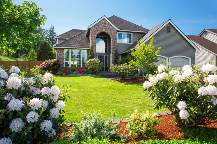 9 Easy Ways to Add Curb Appeal to Your Home